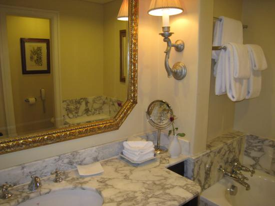 Bilde fra The Table Bay Hotel