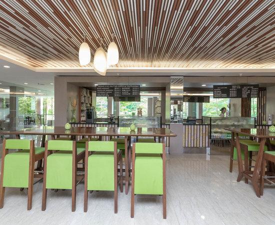 Lobby Lounge at the Courtyard by Marriott Bali Nusa Dua