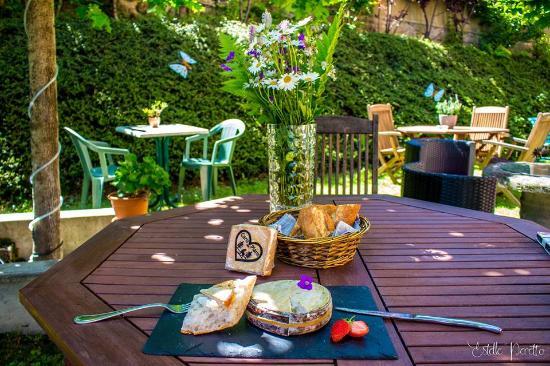 Areches, Fransa: Dégustation de fromages