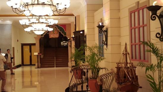 Millennium Airport Hotel Dubai: 20160129_110431_large.jpg