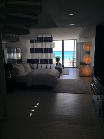 W South Beach: Mega Suite Room