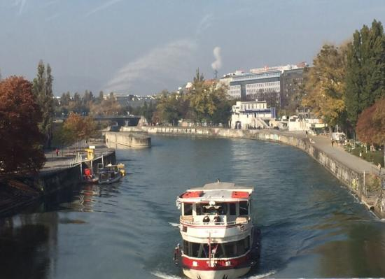 Danube Canal (Donau Kanal): photo0.jpg