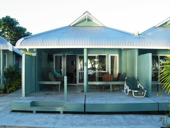 Sunhaven Beach Bungalows: Beachfront Suite