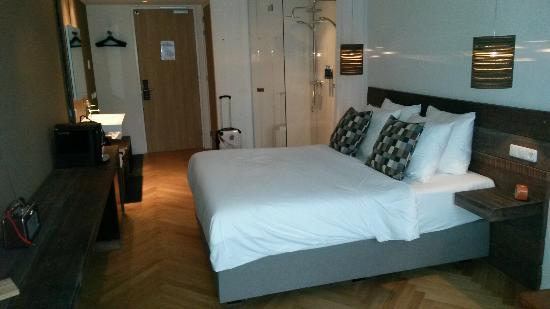 Nes, Nederland: Gerenoveerde kamers bij van Heeckere Hotel