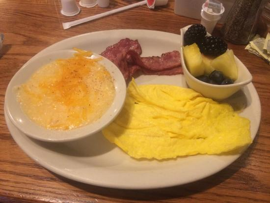 Breakfast - cheese grits , turkey bacon , egg beaters and fruit ! Yum ...
