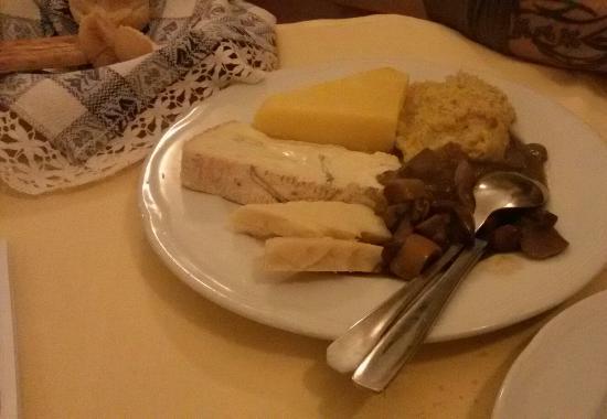 Crotta d'Adda, Włochy: Polente, formaggi e funghi