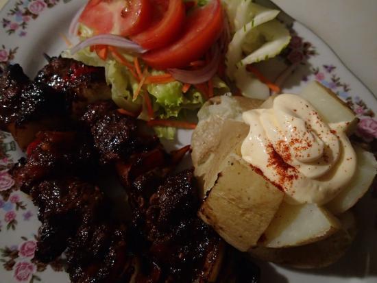 Playa Zancudo, Costa Rica: Teriyaki Beef Tenderloin Kebabs