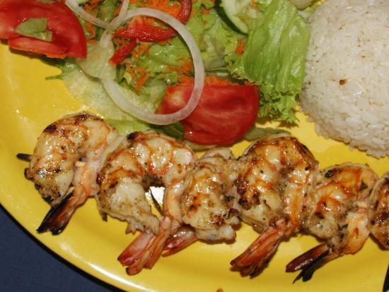 Playa Zancudo, Costa Rica: Jumbo Shrimp Kebabs - Basil Garlic Butter Basted