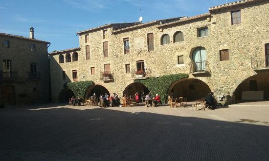 Monells, Spanje: Extraordinario