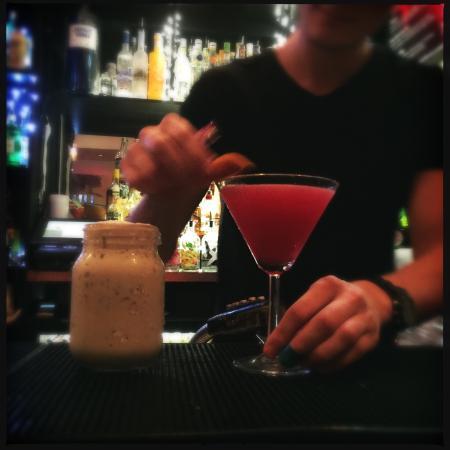 The Nook Bar, Brasserie & Hotel: photo1.jpg