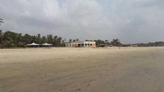 Beach - Labadi Beach Hotel Photo