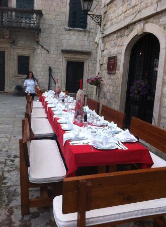 Restoran Giardino: Museum square