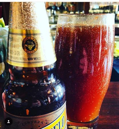 Truckee, Californië: Yummy Bloody Negra Modelo Michelada style at Happy Hour!