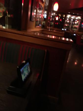 Cedar Hill, Teksas: Empty seats and 20 people waiting