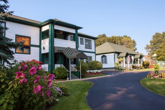 Victoria Resort Bed & Breakfast: visitors guide