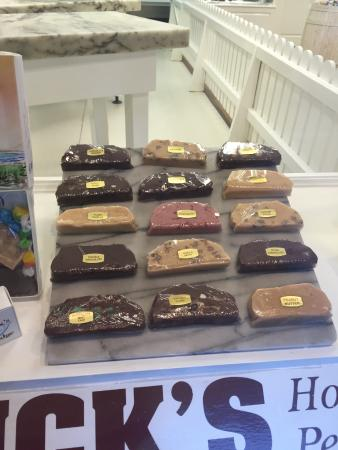 Murdicks Cafe: Fudge Flavors