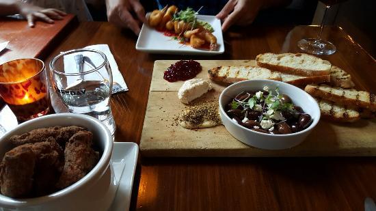 Martinborough, New Zealand: Cool Change Bar & Eatery