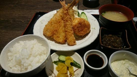 Pokkuru Noen Fish Restaurant