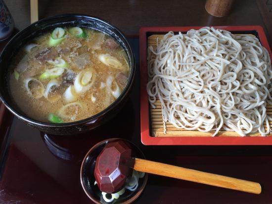 Hitachiomiya, Jepang: つけけんちんそばをいただきました。850円にしては具沢山で、ボリューム満点のお汁で美味しかったです。そばもいい香りがして美味しかったです。温まりました(*^^*)