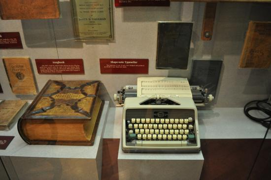 Southern Gospel Music Hall of Fame and Museum: Shape Note Typewriter