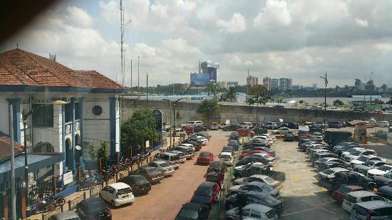 Hotel CIQ, Jalan Wong Ah Fook