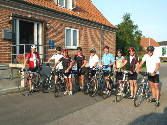 Nørreballe, Danmark: Bike teams frequent Hotel Lolland every summer