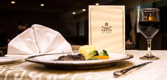 Baron Hotel Heliopolis Cairo: Starlight restaurant