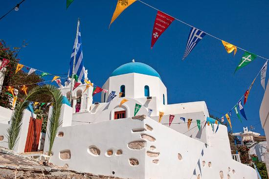 Donousa, Greece: The church Timios Stavros in Stavros, is a frugally designed, whitewashed church with a blue dom