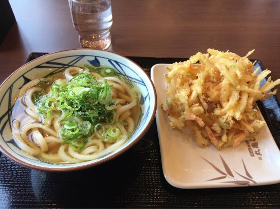 Tsurugashima, Japón: 丸亀製麺 鶴ケ島店