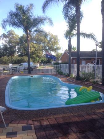 Nulkaba, Australia: Nice pool in that caravan park !