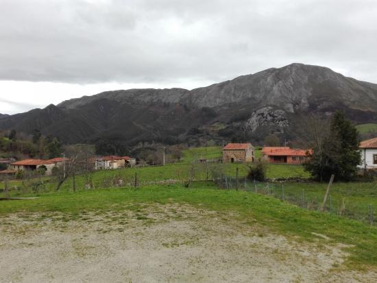 Ardisana, Spanien: Vistas desde el parking