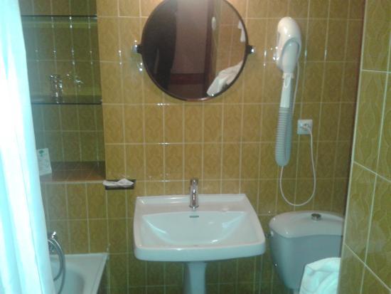 Hotel Le Pourteilh : Salle de bain Année 60