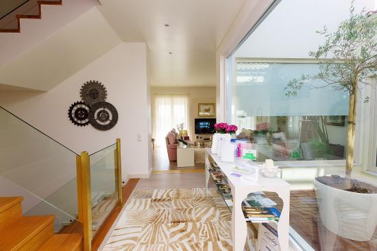 Quinta dos Bons Cheiros Country Design B&B: interior