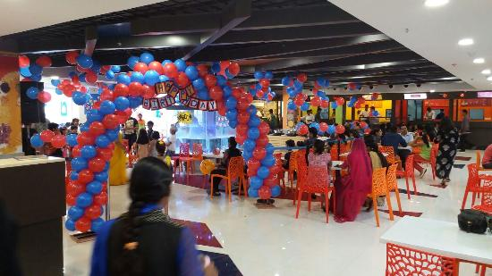 Omg Food Court & Party Hall: Most Entertaining Birthday Parties!!