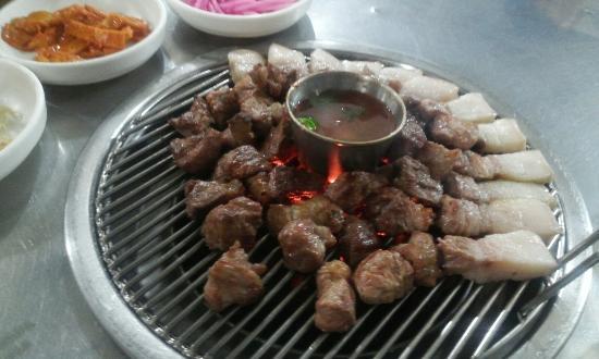 Black Pig Briquet Saeng Grill