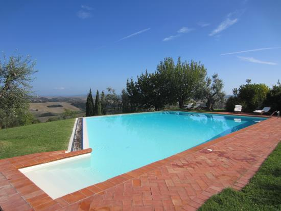 Pool - Borgo Lucignanello Bandini Photo