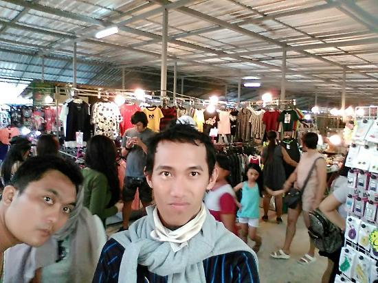 Phuket Town, Tayland: IMG_20160131_180024_large.jpg
