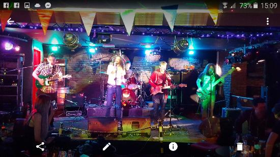 Paisley, UK: Screenshot_2016-01-31-15-09-55_large.jpg