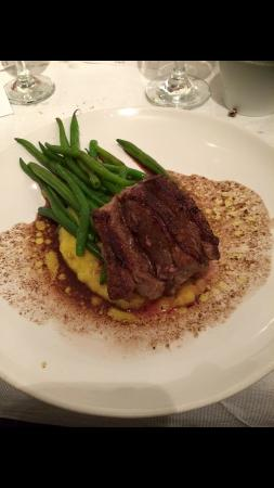 Bexhill-on-Sea, UK: Carre of lamb