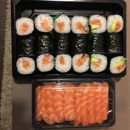 sashimi makis picture of sushi kawaii montpellier tripadvisor. Black Bedroom Furniture Sets. Home Design Ideas