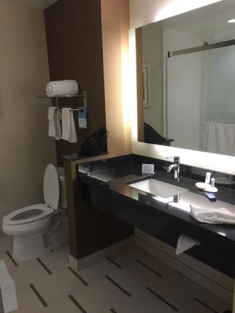 Enterprise, AL: Large, immaculate bathroom with sliding shower doors.  (Should have taken the pic last night whe