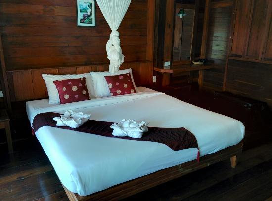 Koh Ngai Thanya Beach Resort: IMG_20160128_115414_large.jpg