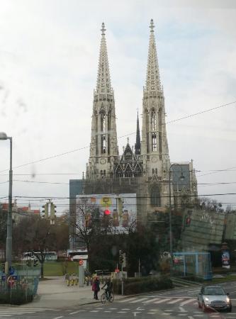Votivkirche (Votive Church): IMG_20160116_122800_1_large.jpg