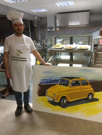 Brighton and Hove, UK: Master pizza maker