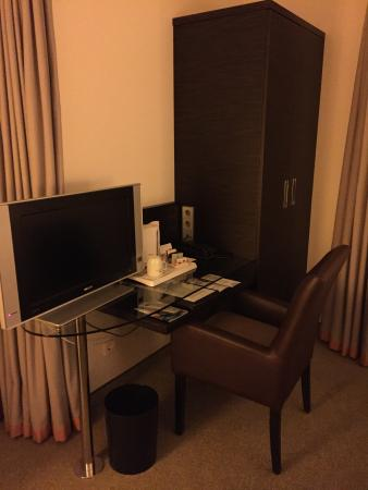 schreibtisch tv picture of radisson blu park hotel conference rh tripadvisor com