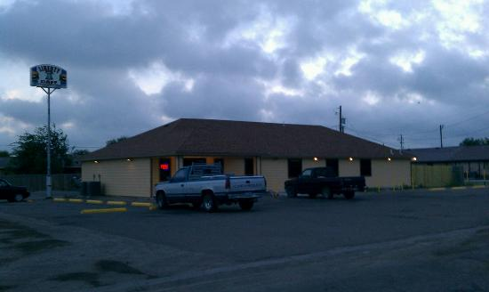 Freer, TX: Liberty Cafe.
