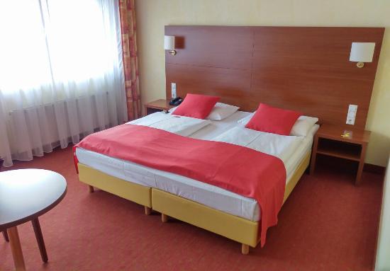 Rega Hotel Stuttgart: IMG_20160130_144206_large.jpg