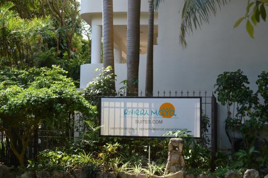 Riviera Maya Suites: Suites Sign
