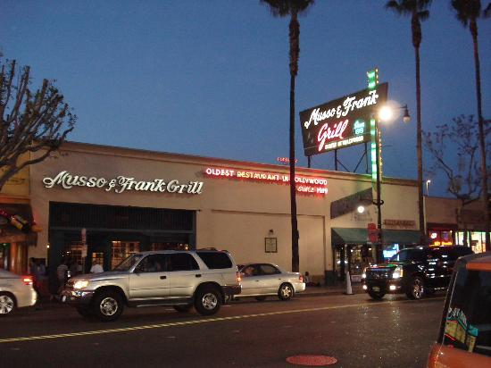 Musso & Frank Grill: Outside
