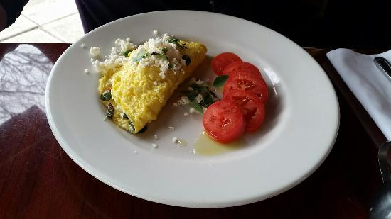 Axios Estiatorio: Greek omelette with tomatoes substituted for potatoes